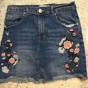 2/$25 Streetwear Society flowered Jean skirt